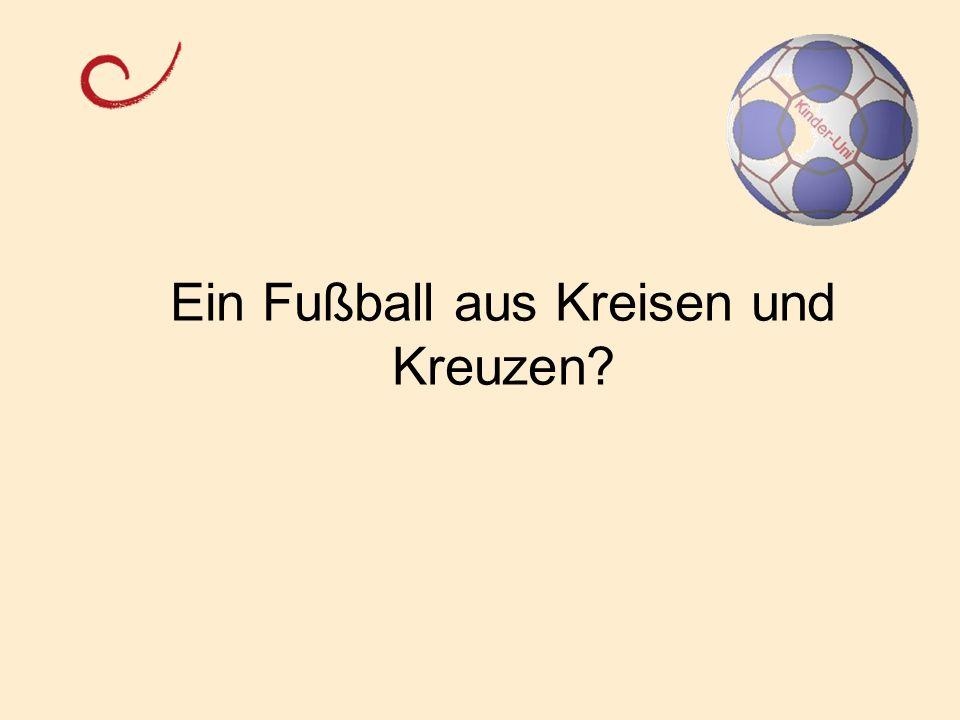 Ein Fußball aus Kreisen und Kreuzen