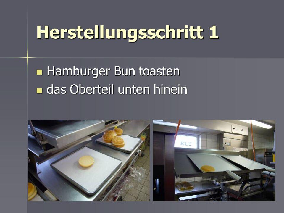 Herstellungsschritt 1 Hamburger Bun toasten das Oberteil unten hinein