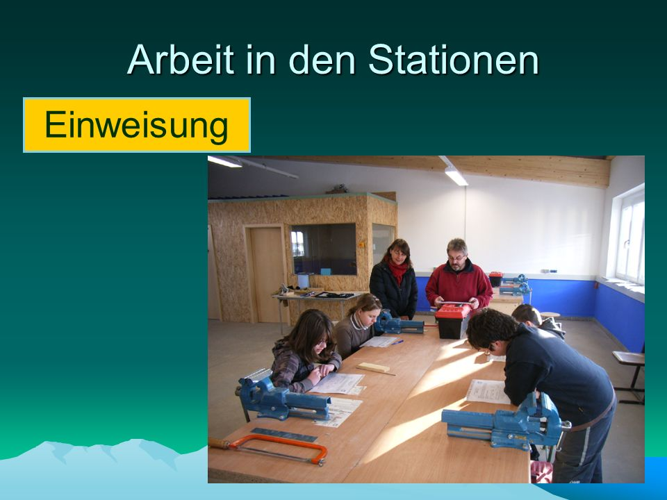 Arbeit in den Stationen
