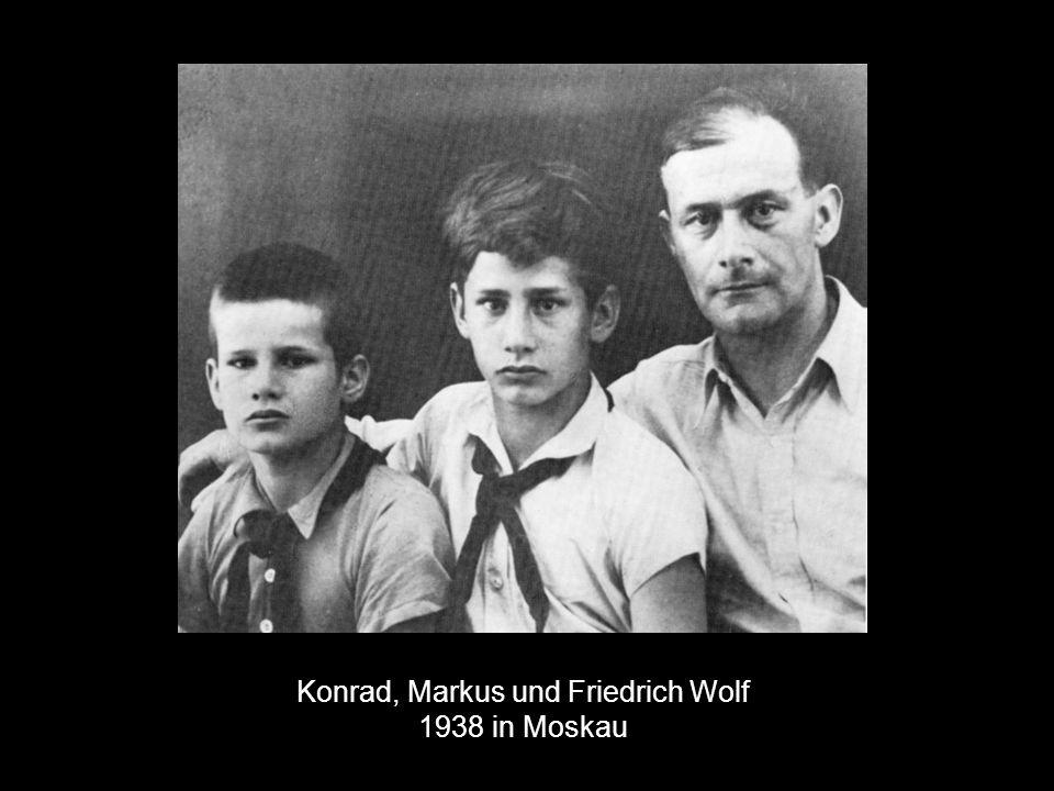 Konrad, Markus und Friedrich Wolf 1938 in Moskau