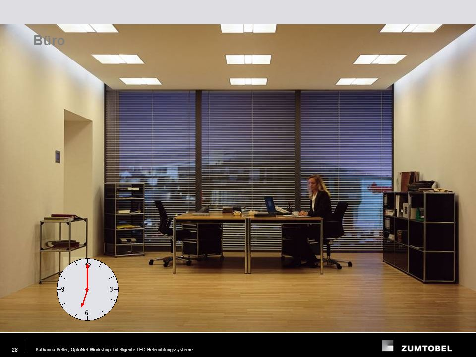 Büro Tageslicht angepasst