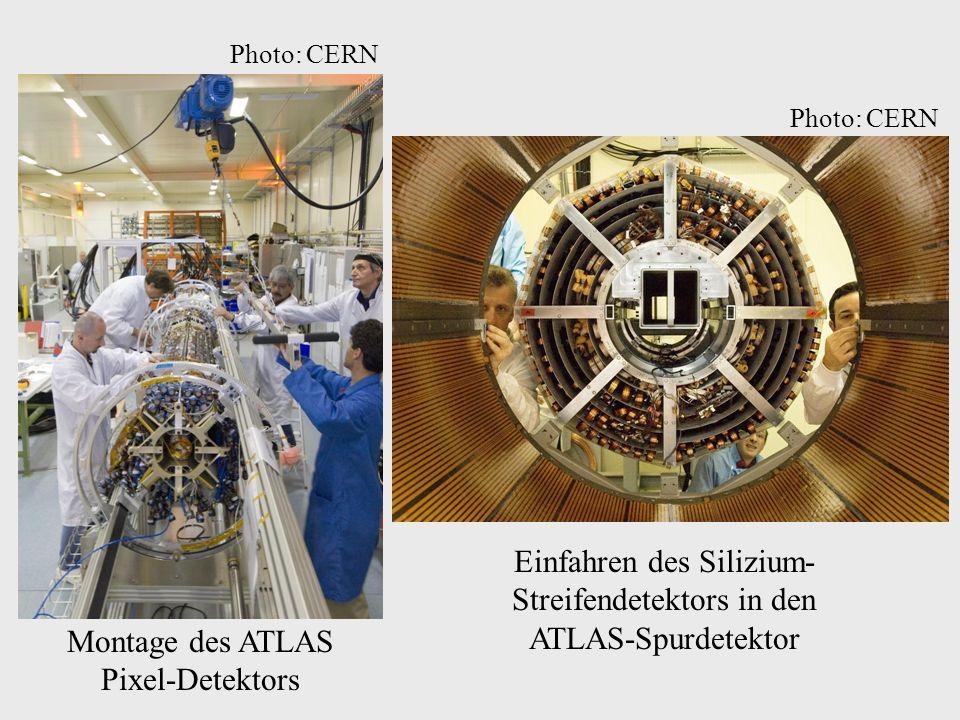 Einfahren des Silizium-Streifendetektors in den ATLAS-Spurdetektor