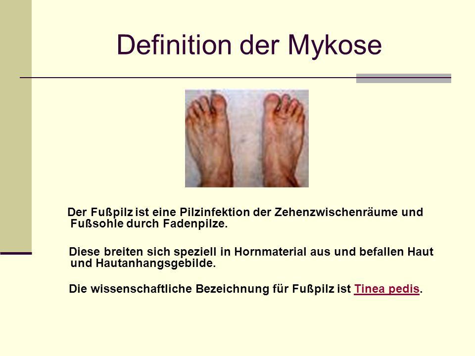 Definition der Mykose Der Fußpilz ist eine Pilzinfektion der Zehenzwischenräume und Fußsohle durch Fadenpilze.