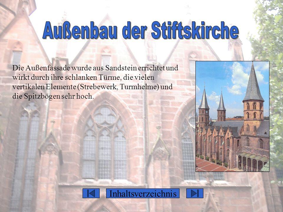 Außenbau der Stiftskirche