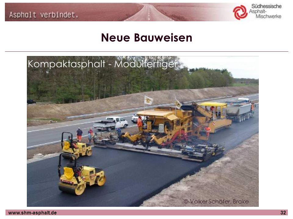 Neue Bauweisen Kompaktasphalt - Modulfertiger © Volker Schäfer, Brake