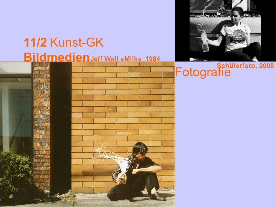 11/2 Kunst-GK Bildmedien Fotografie Jeff Wall »Milk«, 1984