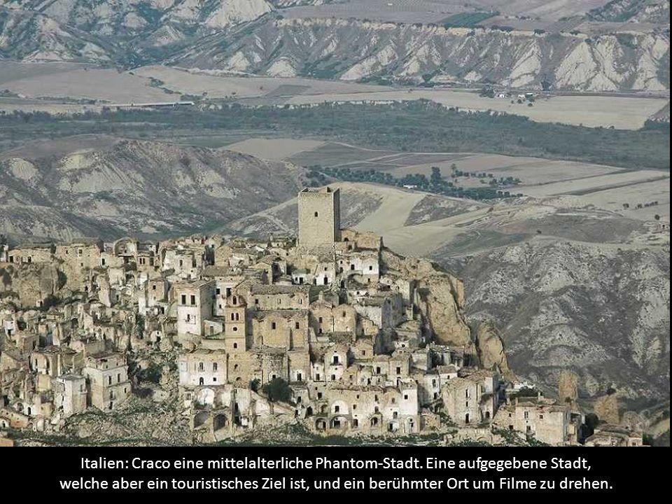Italien: Craco eine mittelalterliche Phantom-Stadt