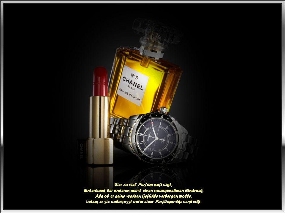 Wer zu viel Parfüm aufträgt, hinterlässt bei anderen meist einen unangenehmen Eindruck.