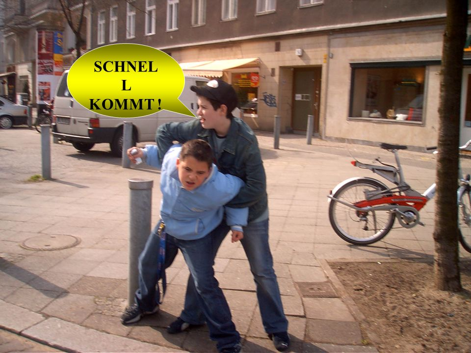 SCHNELL KOMMT !