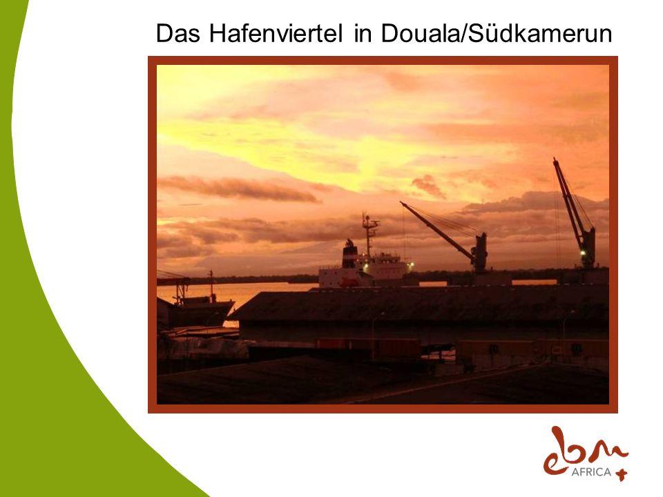 Das Hafenviertel in Douala/Südkamerun