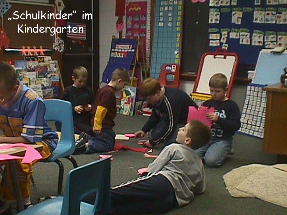 """""""Schulkinder im Kindergarten"""