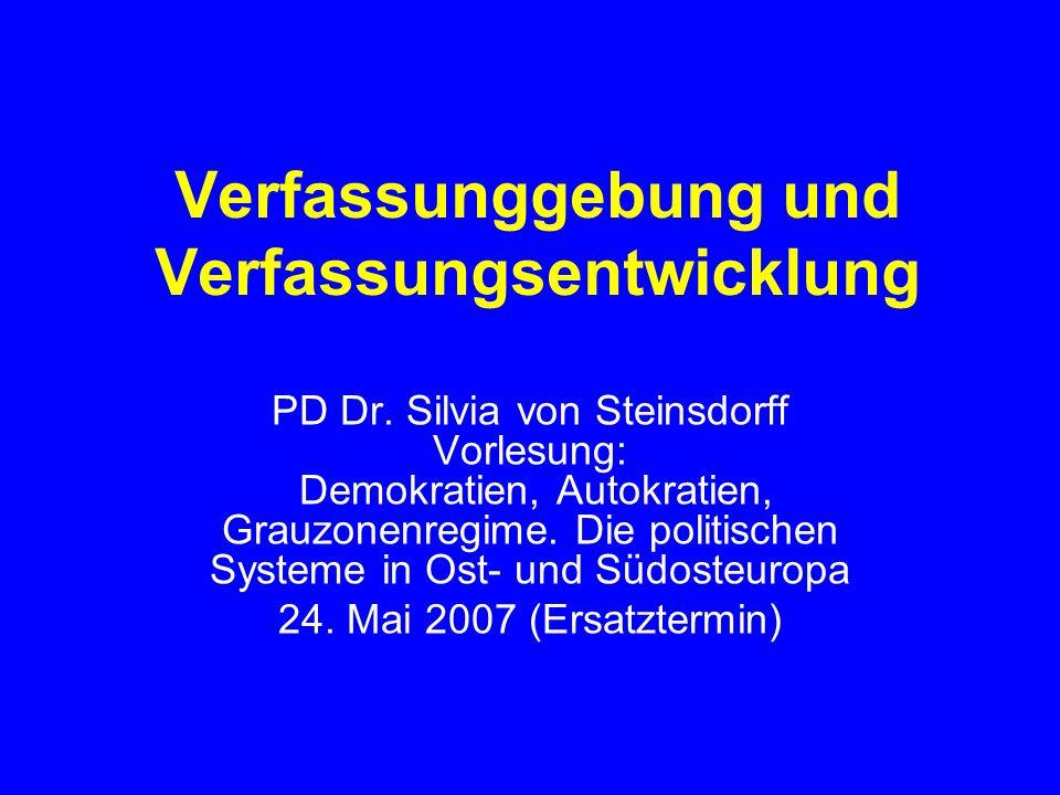 Verfassunggebung und Verfassungsentwicklung