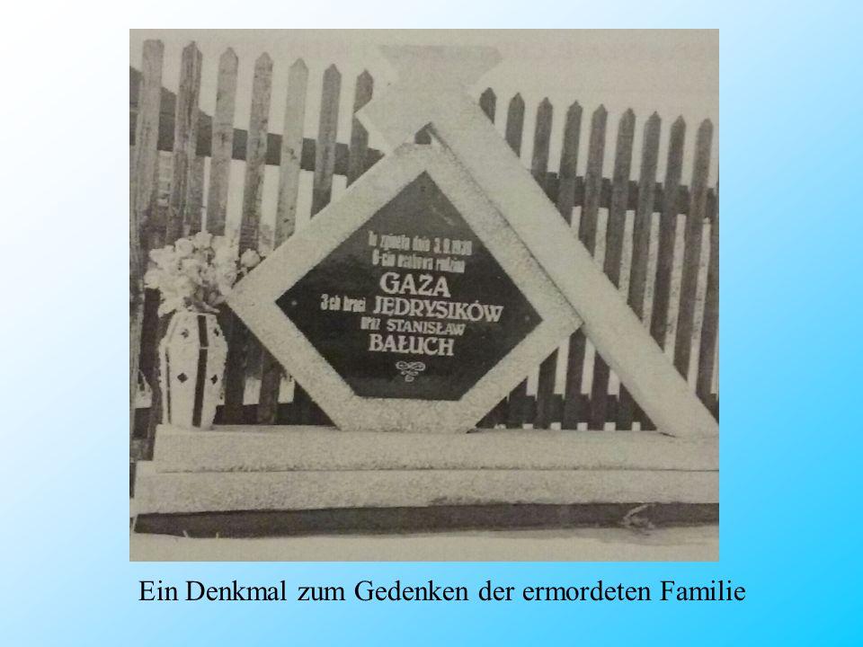 Ein Denkmal zum Gedenken der ermordeten Familie