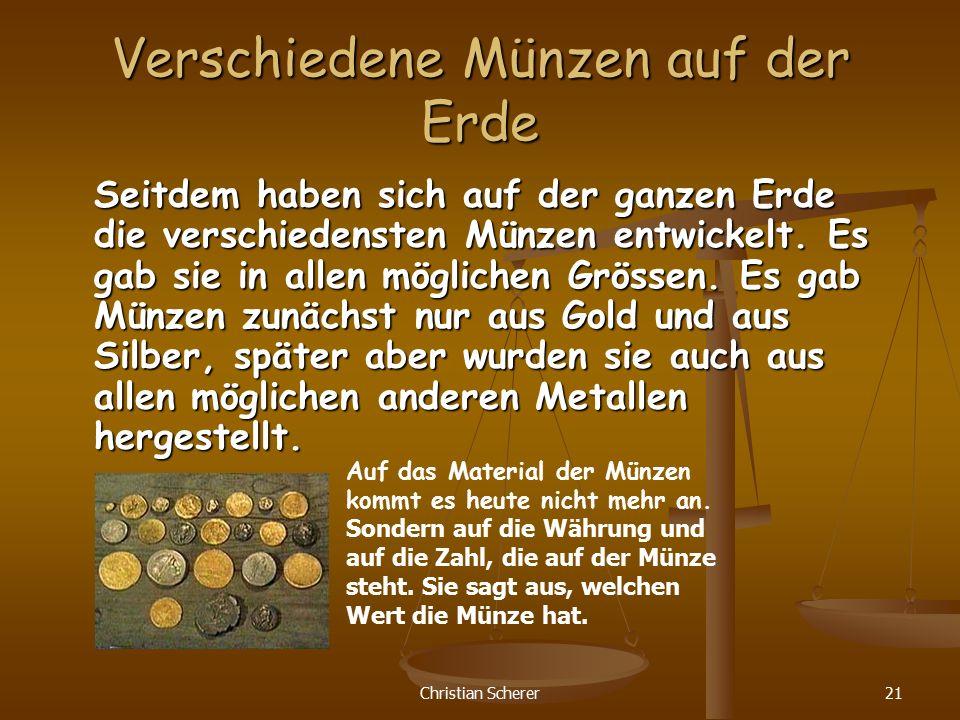 Verschiedene Münzen auf der Erde