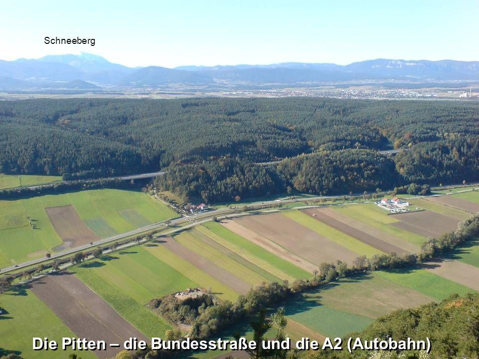 Die Pitten – die Bundesstraße und die A2 (Autobahn)