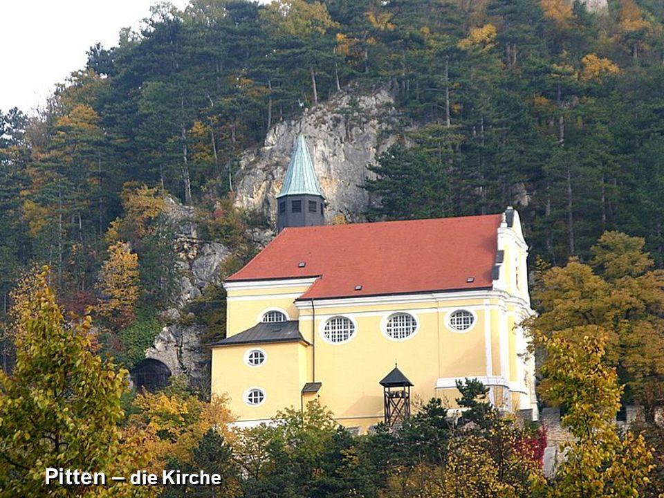 Pitten – die Kirche