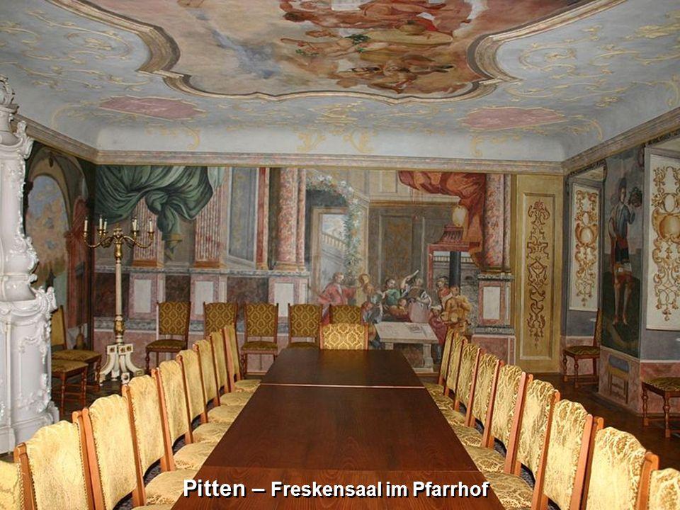 Pitten – Freskensaal im Pfarrhof