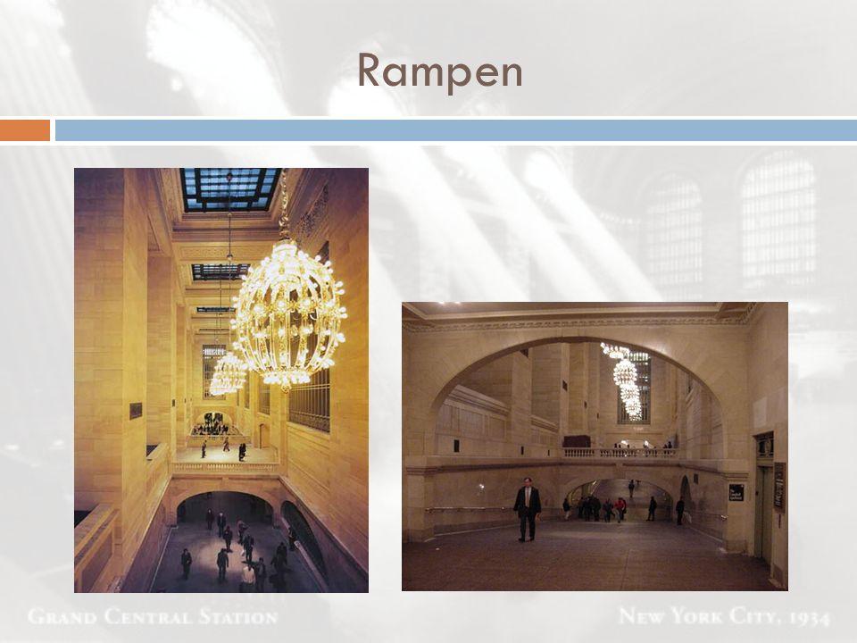 Rampen Rampen sind mit Gewölben im Beaux-Art-Stil und Treppenaufgängen, die der Pariser Oper nachempfunden.