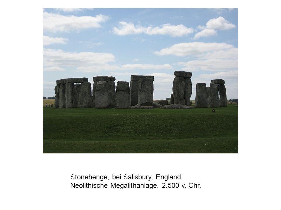 Stonehenge, bei Salisbury, England. Neolithische Megalithanlage, 2