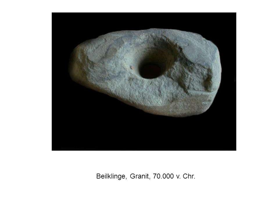 Beilklinge, Granit, 70.000 v. Chr.