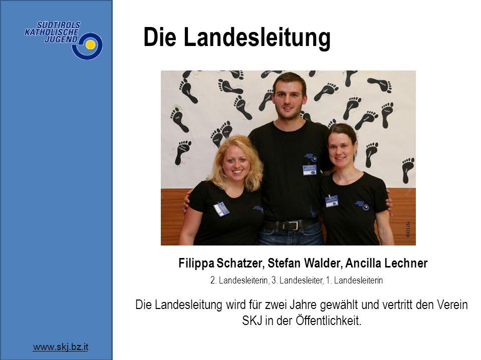 Die Landesleitung ©DLife. Filippa Schatzer, Stefan Walder, Ancilla Lechner. 2. Landesleiterin, 3. Landesleiter, 1. Landesleiterin.