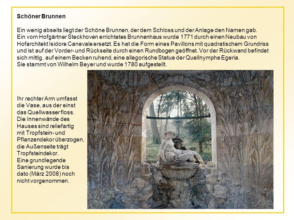 Schöner Brunnen Ein wenig abseits liegt der Schöne Brunnen, der dem Schloss und der Anlage den Namen gab.