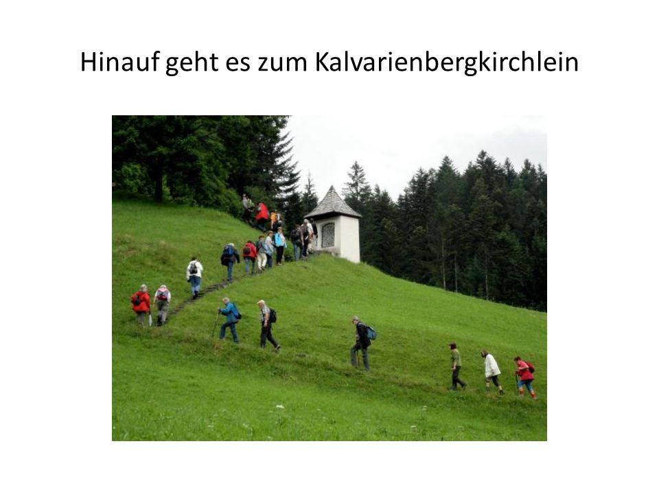 Hinauf geht es zum Kalvarienbergkirchlein