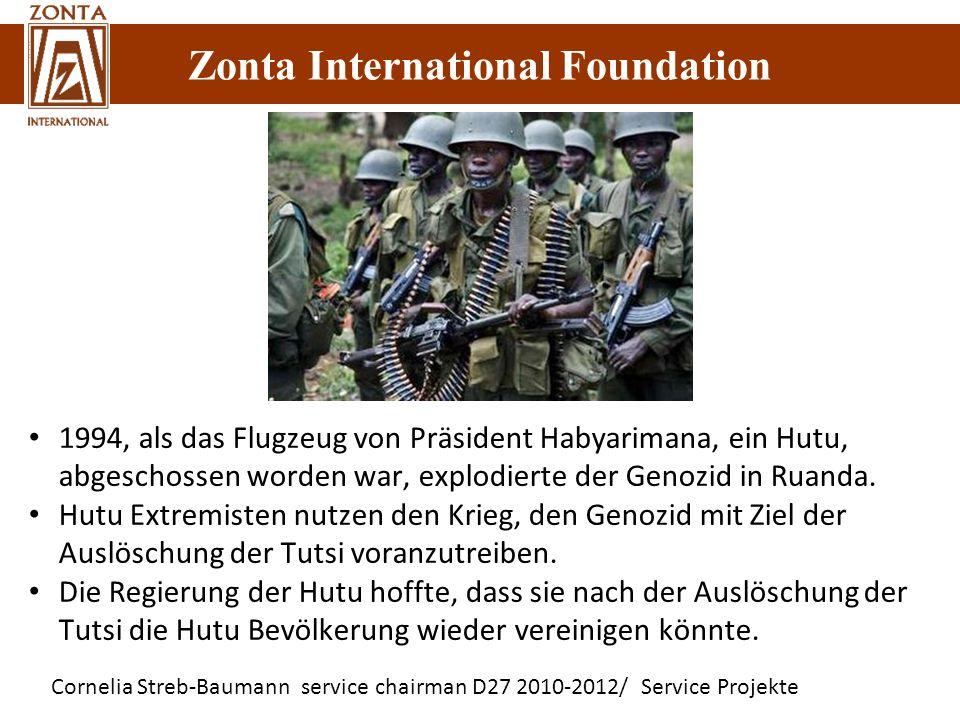 1994, als das Flugzeug von Präsident Habyarimana, ein Hutu, abgeschossen worden war, explodierte der Genozid in Ruanda.
