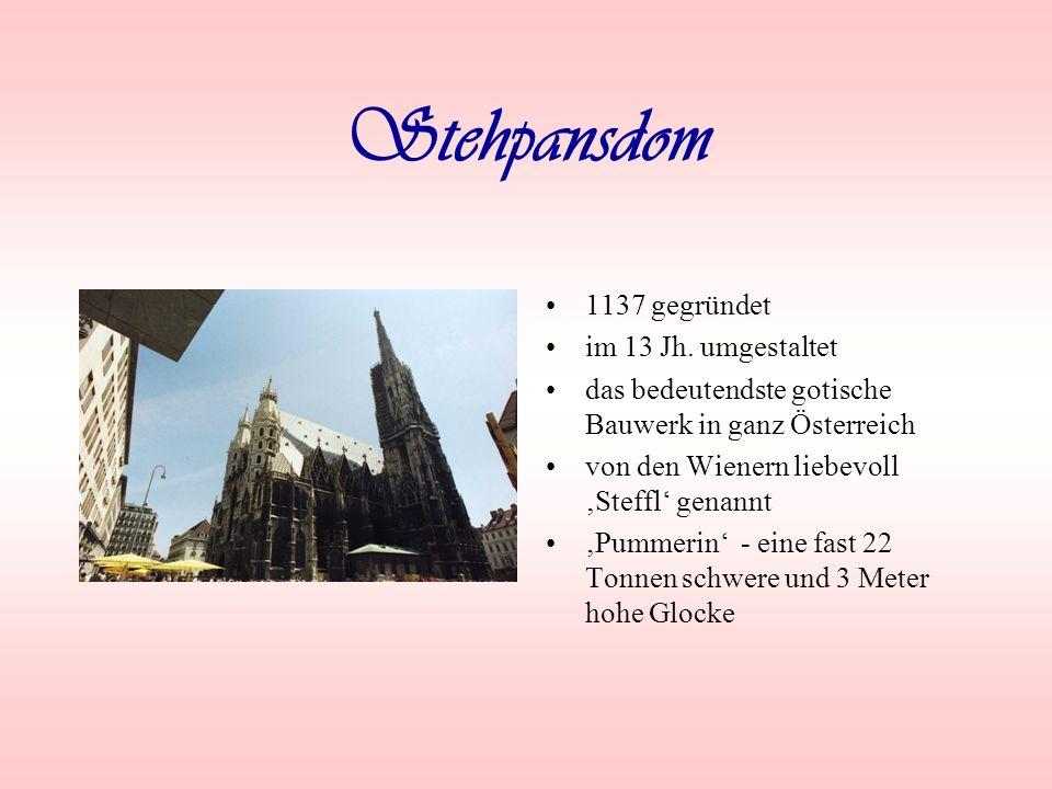 Stehpansdom 1137 gegründet im 13 Jh. umgestaltet