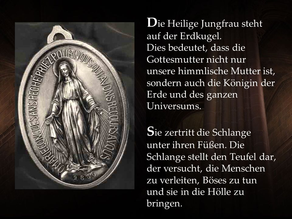 Die Heilige Jungfrau steht auf der Erdkugel