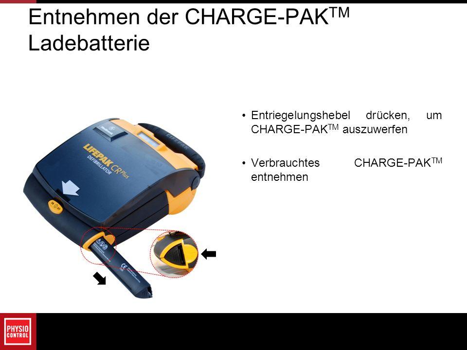 Entnehmen der CHARGE-PAKTM Ladebatterie