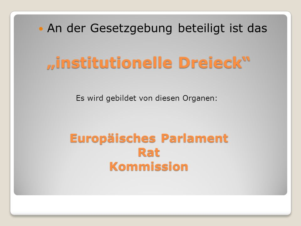 """institutionelle Dreieck"