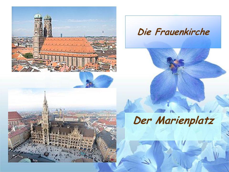 Die Frauenkirche Der Marienplatz