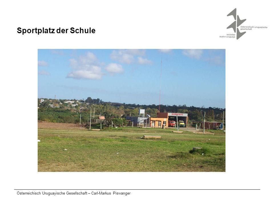 Sportplatz der Schule Österreichisch Uruguayische Gesellschaft – Carl-Markus Piswanger