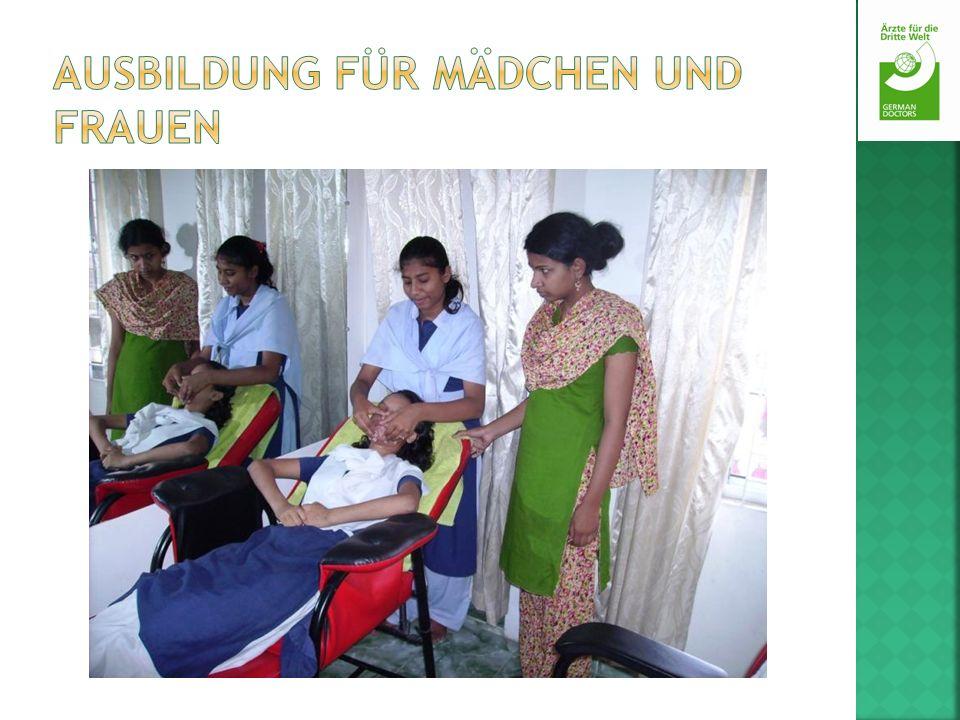 Ausbildung für Mädchen und Frauen