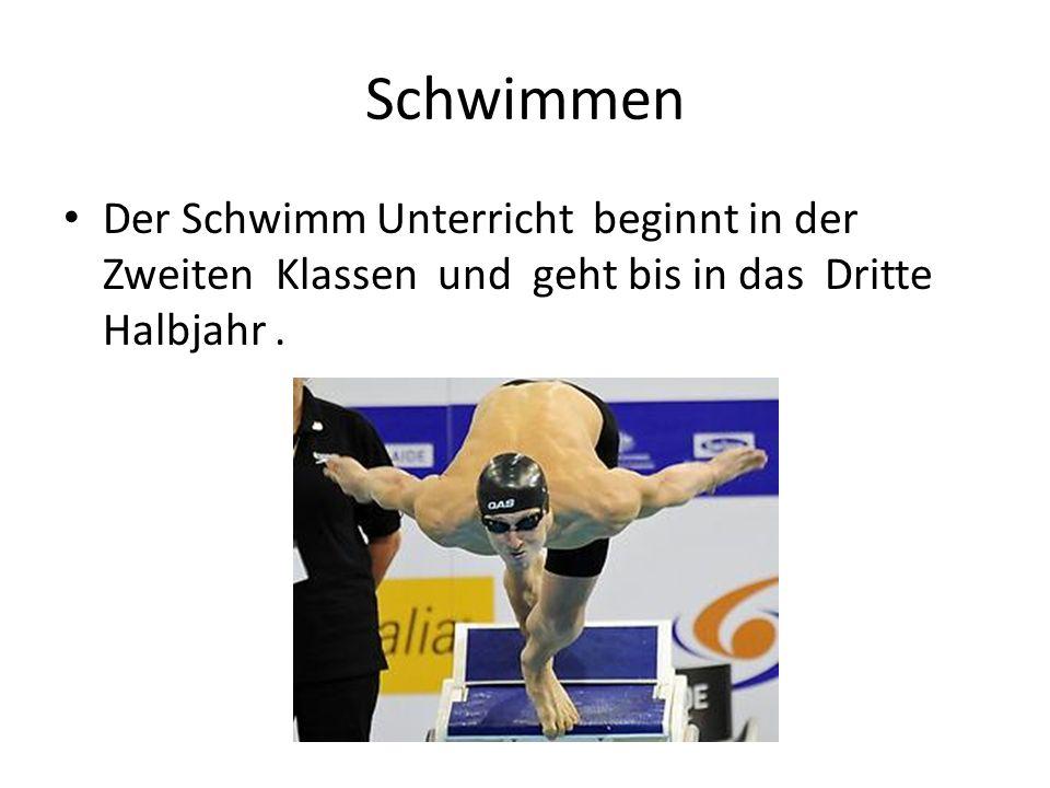 Schwimmen Der Schwimm Unterricht beginnt in der Zweiten Klassen und geht bis in das Dritte Halbjahr .
