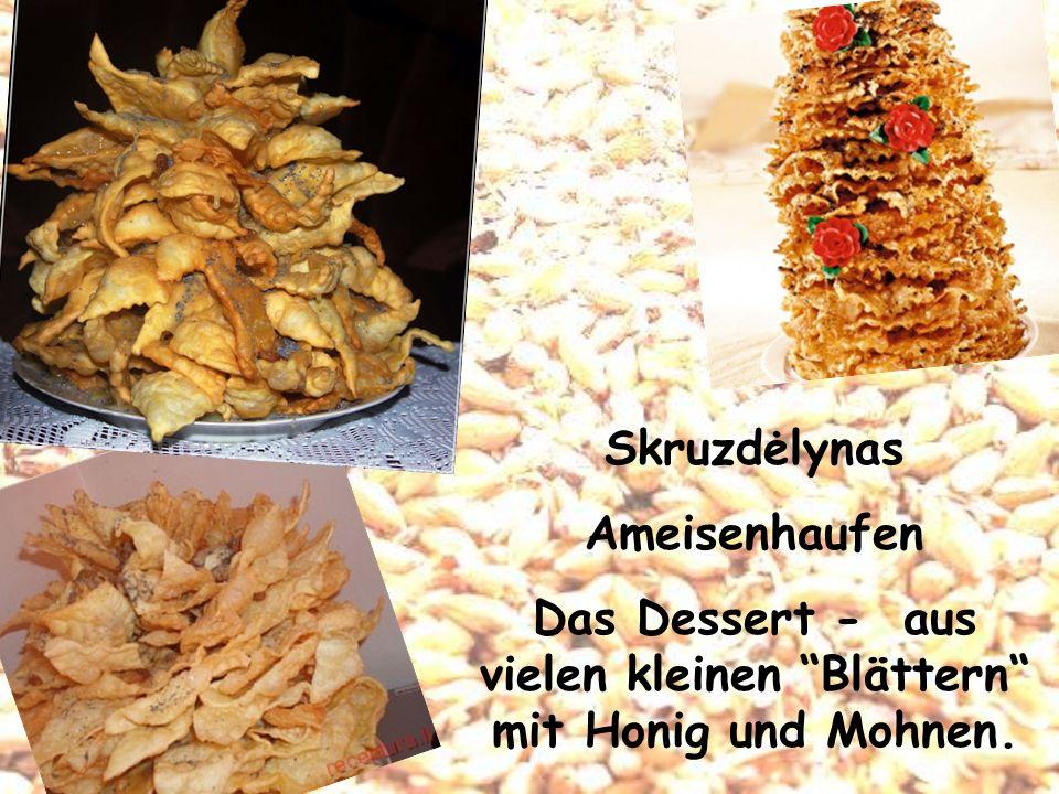 Das Dessert - aus vielen kleinen Blättern mit Honig und Mohnen.