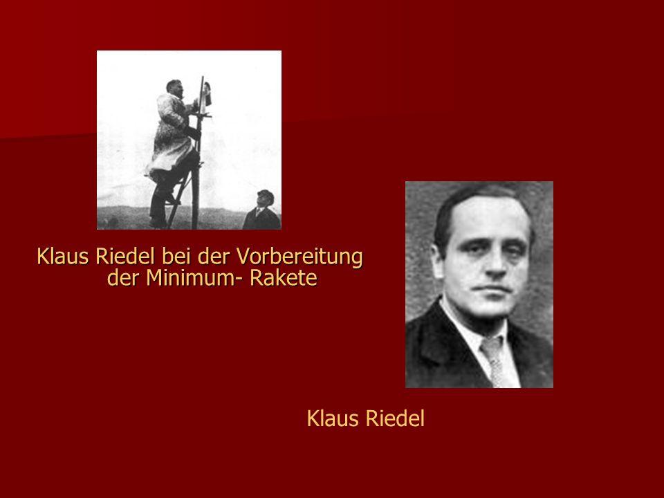 Klaus Riedel bei der Vorbereitung der Minimum- Rakete