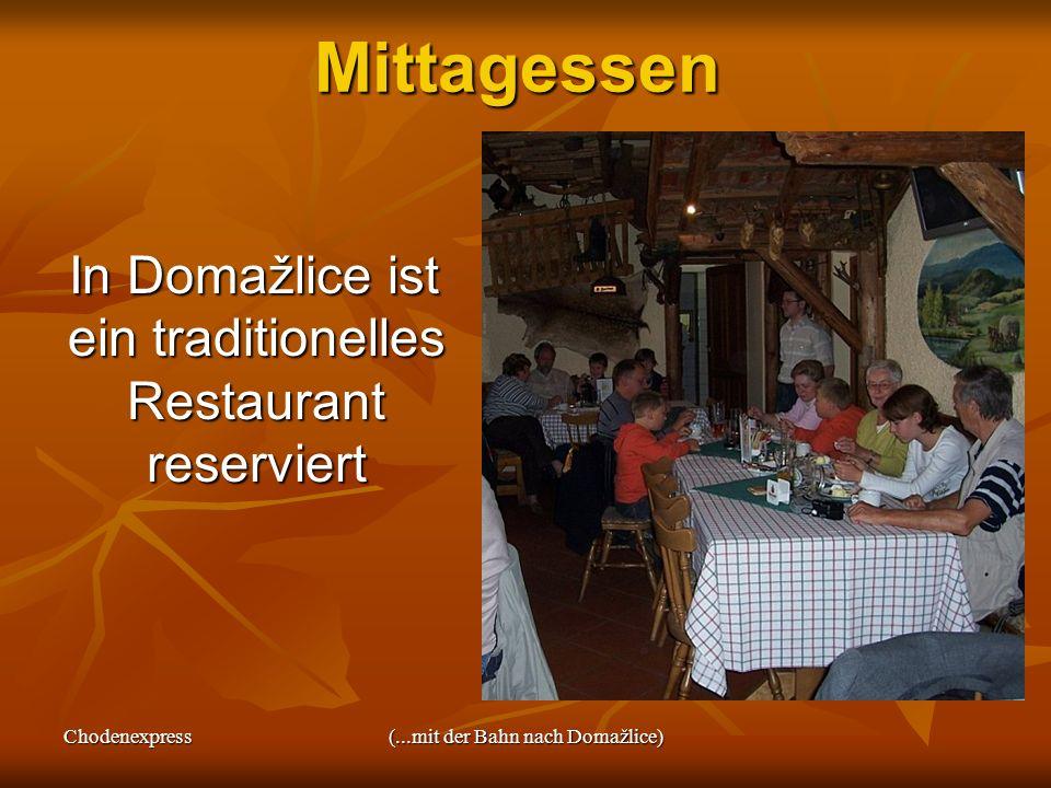 Mittagessen In Domažlice ist ein traditionelles Restaurant reserviert