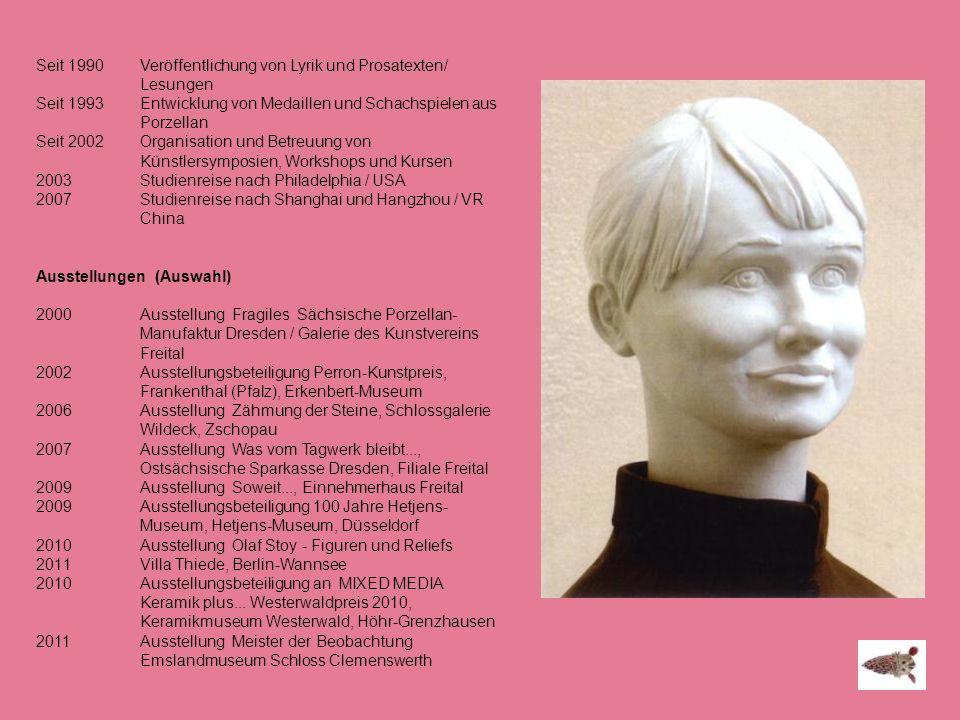Seit 1990 Veröffentlichung von Lyrik und Prosatexten/