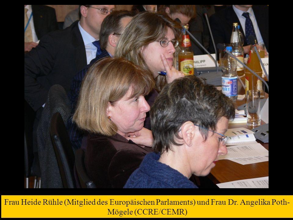 Frau Heide Rühle (Mitglied des Europäischen Parlaments) und Frau Dr
