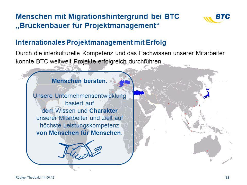 """Menschen mit Migrationshintergrund bei BTC """"Brückenbauer für Projektmanagement"""