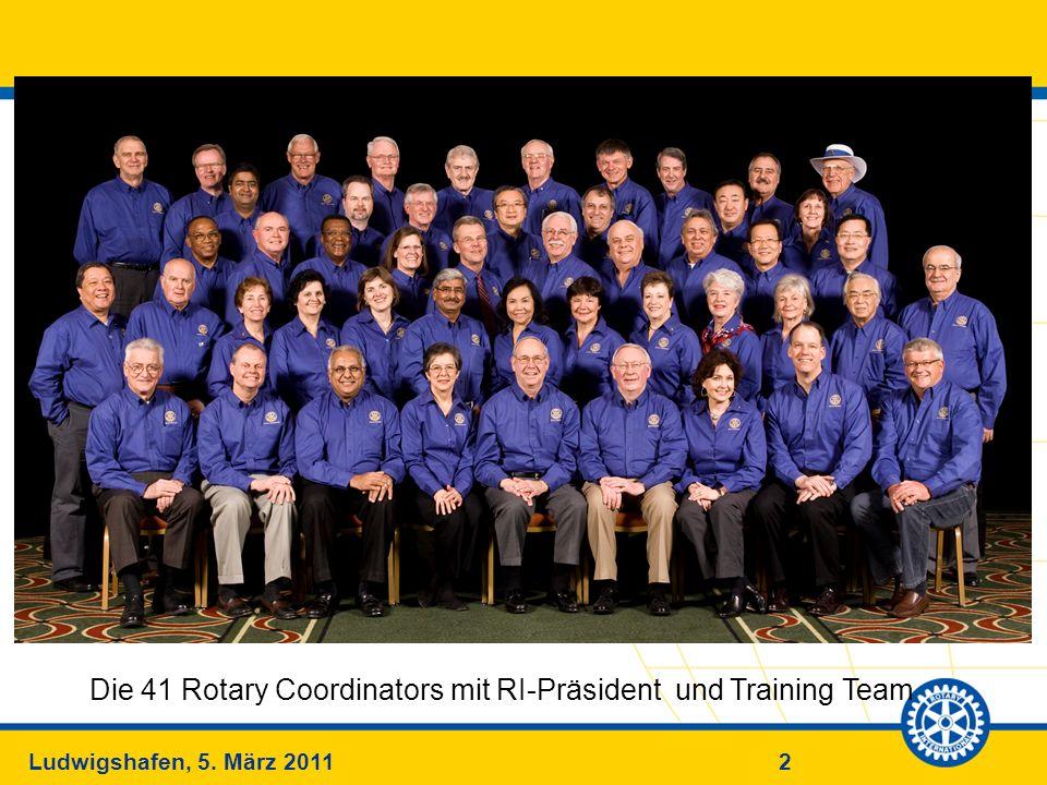 Die 41 Rotary Coordinators mit RI-Präsident und Training Team