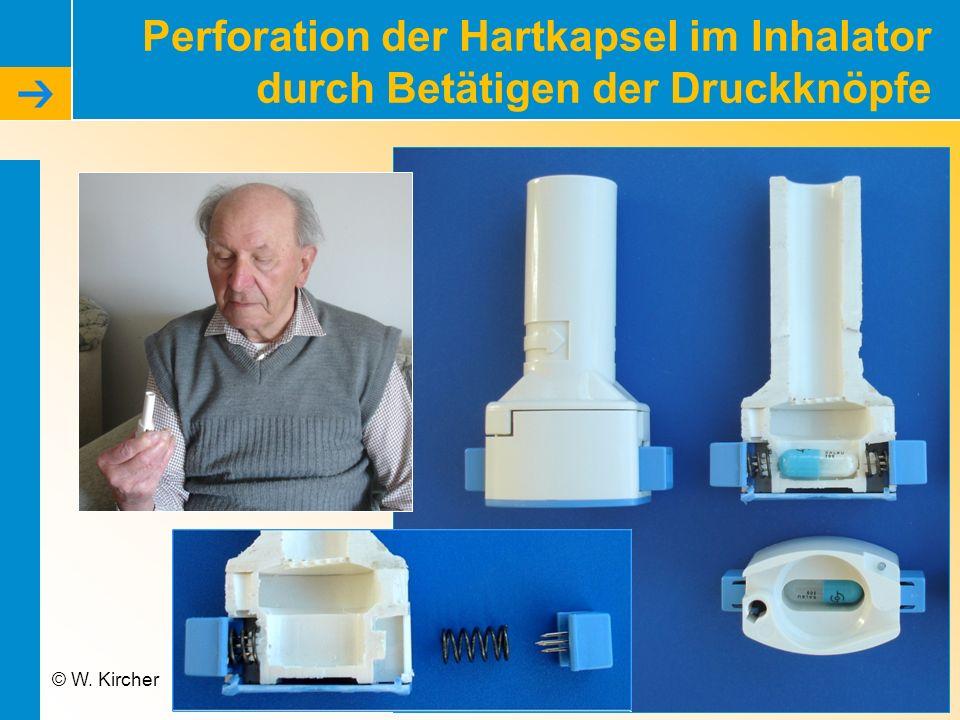 Perforation der Hartkapsel im Inhalator durch Betätigen der Druckknöpfe