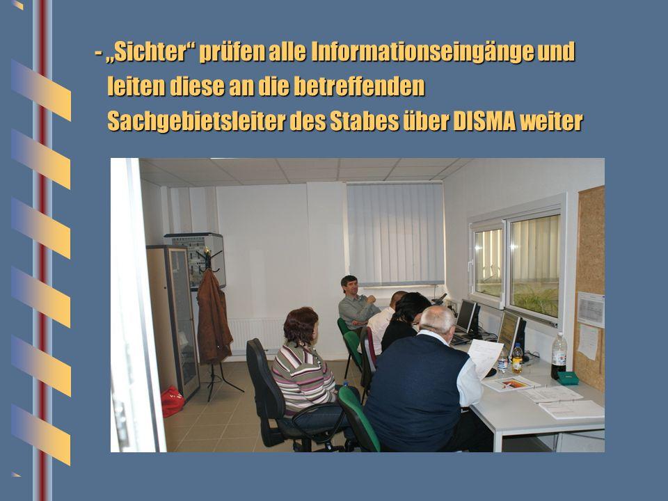 """- """"Sichter prüfen alle Informationseingänge und"""