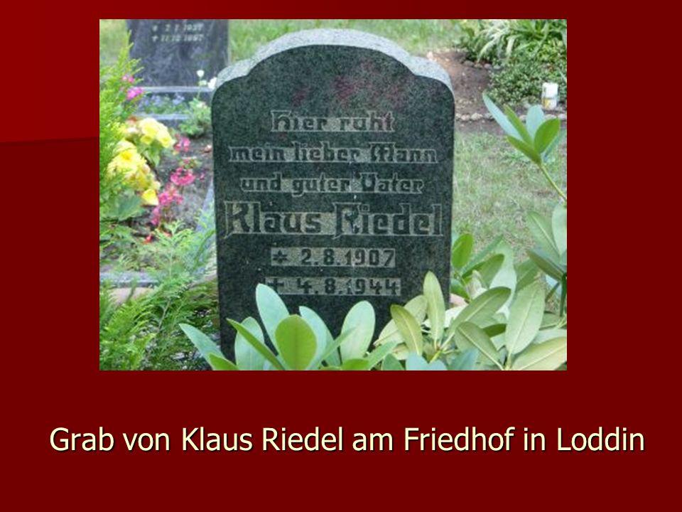 Grab von Klaus Riedel am Friedhof in Loddin