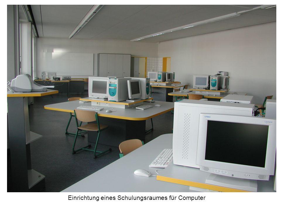 Einrichtung eines Schulungsraumes für Computer