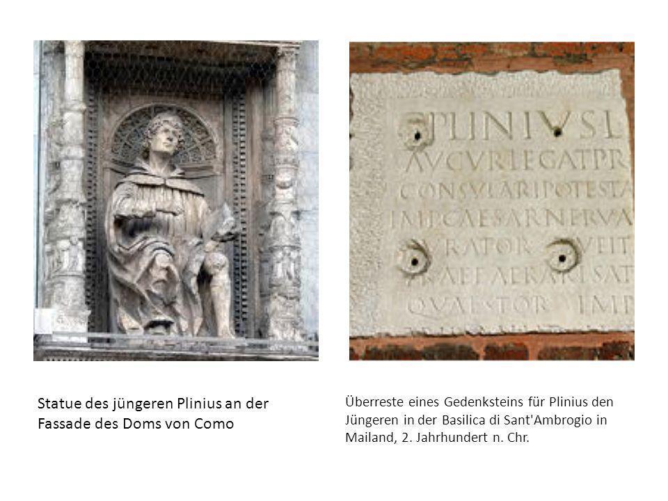 Statue des jüngeren Plinius an der Fassade des Doms von Como