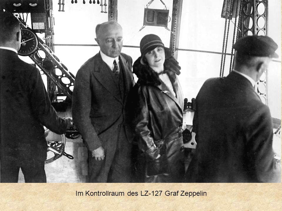 Im Kontrollraum des LZ-127 Graf Zeppelin