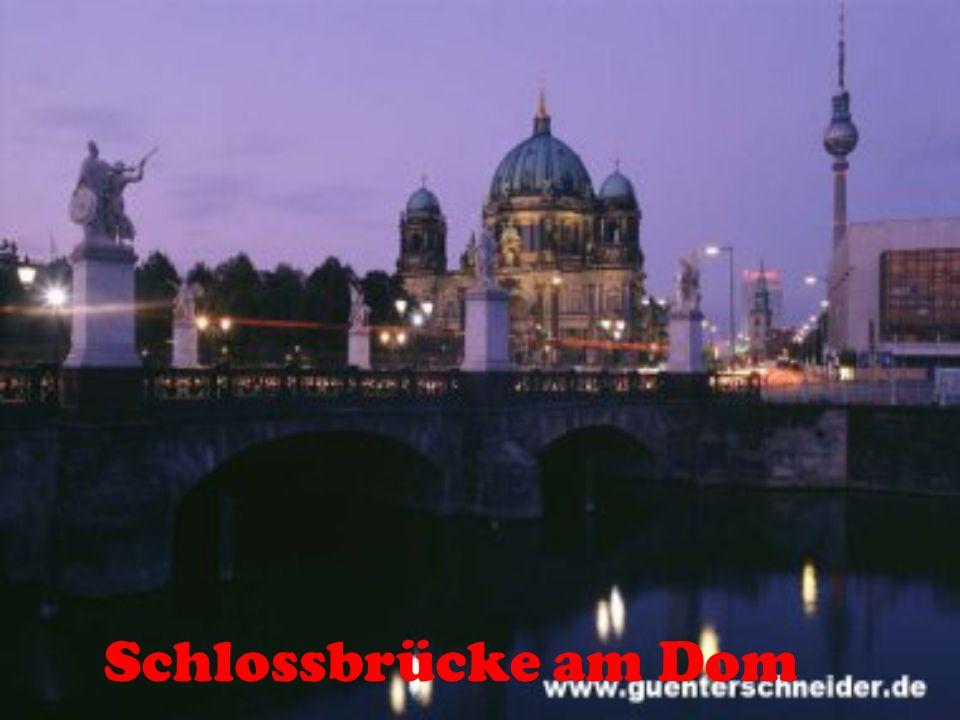 Schlossbrücke am Dom